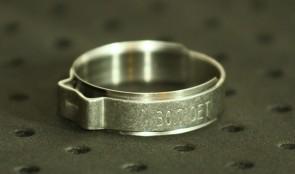Opaska zaciskowa z wewnętrznym pierścieniem (wkładką) 26,5-30mm szer.9,2mm