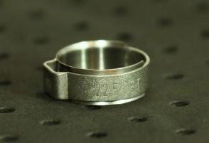 Opaska zaciskowa z wewnętrznym pierścieniem (wkładką) 19,2-21,8mm szer.9,2mm