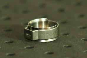 Opaska zaciskowa z wewnętrznym pierścieniem (wkładką) 13,9-16,1mm szer.8,2mm