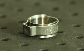 Opaska zaciskowa z wewnętrznym pierścieniem (wkładką) 14,6-16,8mm szer.8,2mm