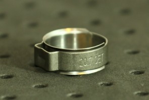 Opaska zaciskowa z wewnętrznym pierścieniem (wkładką) 17,1-20mm szer.9,2mm