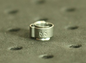 Opaska zaciskowa z wewnętrznym pierścieniem (wkładką) 5,2-6,2mm szer.5,5mm