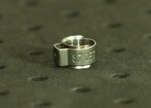 Opaska zaciskowa z wewnętrznym pierścieniem (wkładką) 7-8,2mm szer.6,4mm