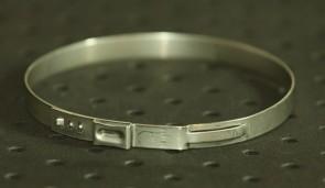 Opaska zaciskowa z zamkiem mechanicznym 75,3-78,5mm szer.7mm