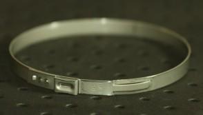 Opaska zaciskowa z zamkiem mechanicznym 81,3-84,5mm szer.7mm